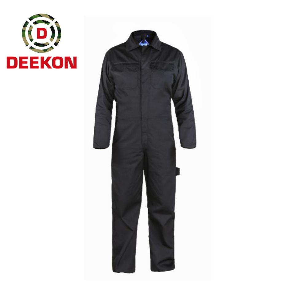 https://www.deekongroup.com/img/black-military-gear-security-guard-jacket.png
