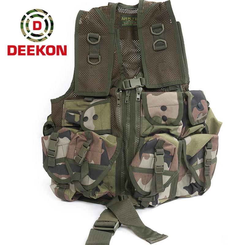 https://www.deekongroup.com/img/black_tactical_vest.jpg
