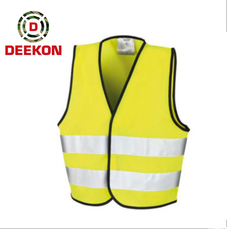 https://www.deekongroup.com/img/reflective-safety-jacket-with-pockets-97.png