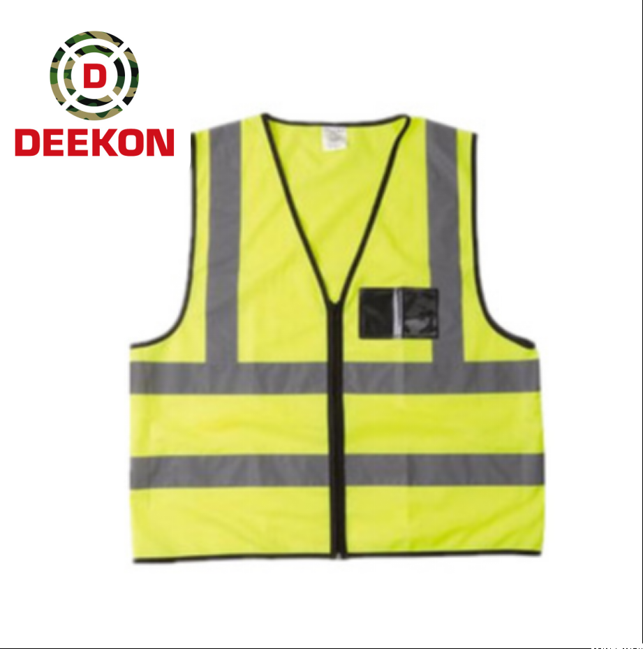 https://www.deekongroup.com/img/reflective-safety-jacket-with-pockets.png