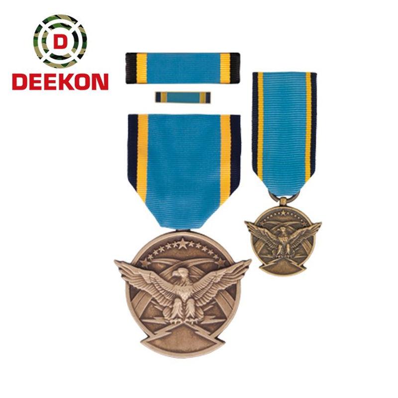 https://www.deekongroup.com/img/us-navy-insignia-95.jpg