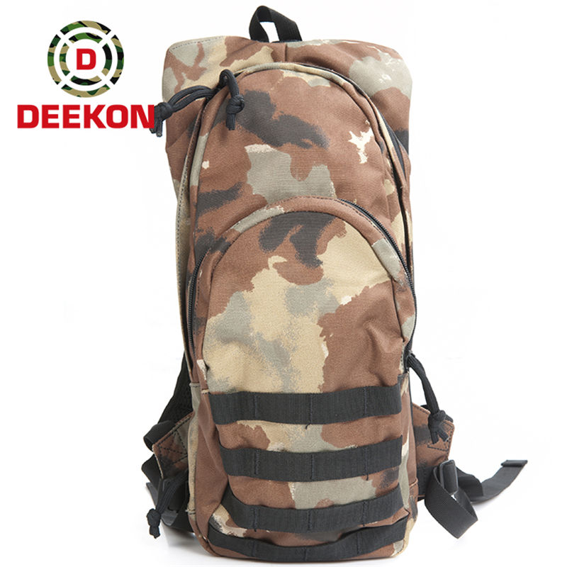 https://www.deekongroup.com/img/woodland_camo_hydration_bag.jpg